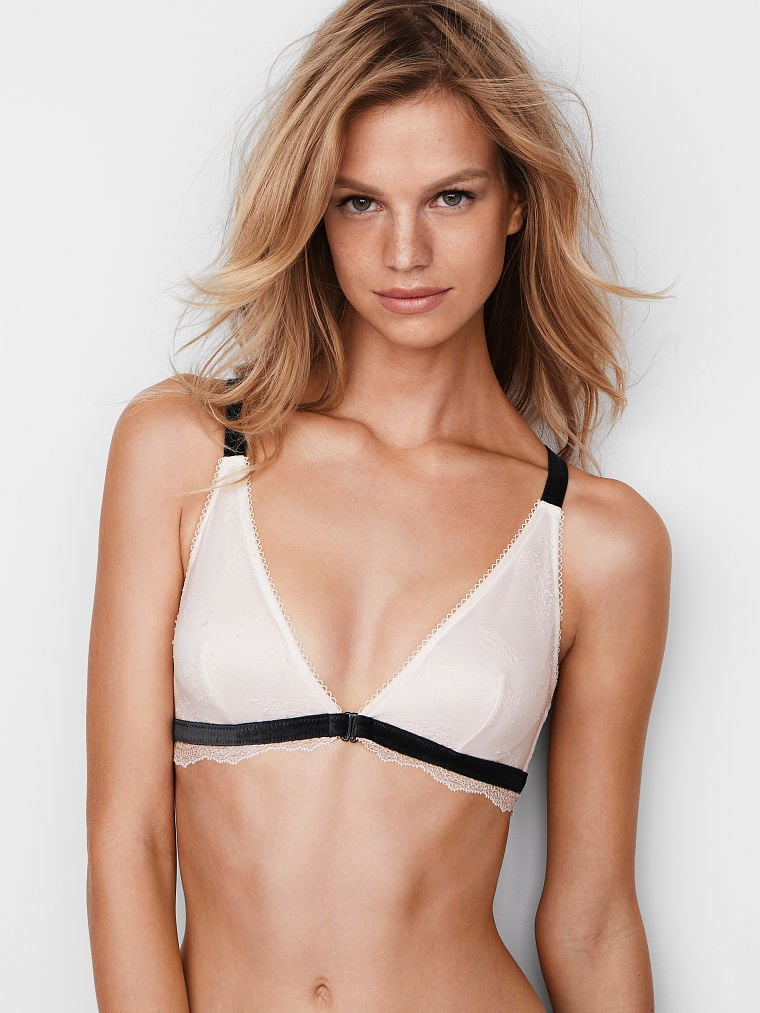 abf1c2d5536ae Victoria s Secret Front-Close Bralette