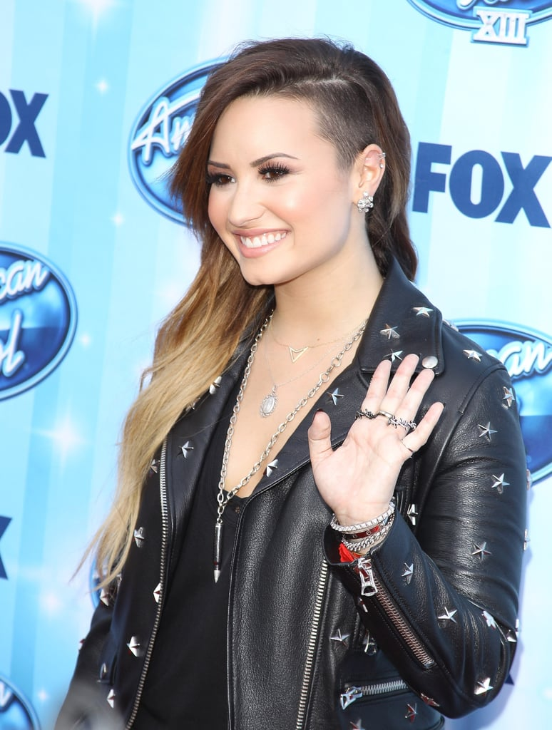 Superlong And Blond Ombré With A Buzzed Side Demi Lovato Hair - Demi lovato ombre hair