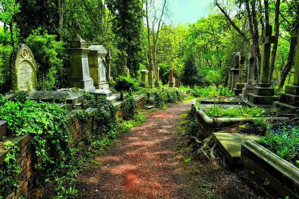 Highgate Cemetery (London, England)