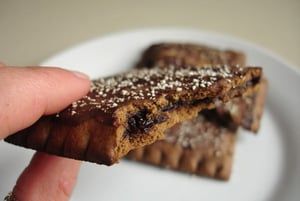 Review of Chocolate Fudge Fiber One Toaster Pastries