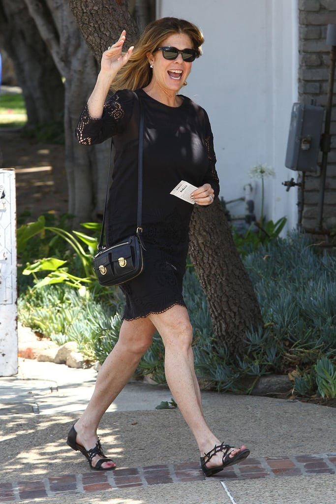 Rita Wilson wore a black ensemble.