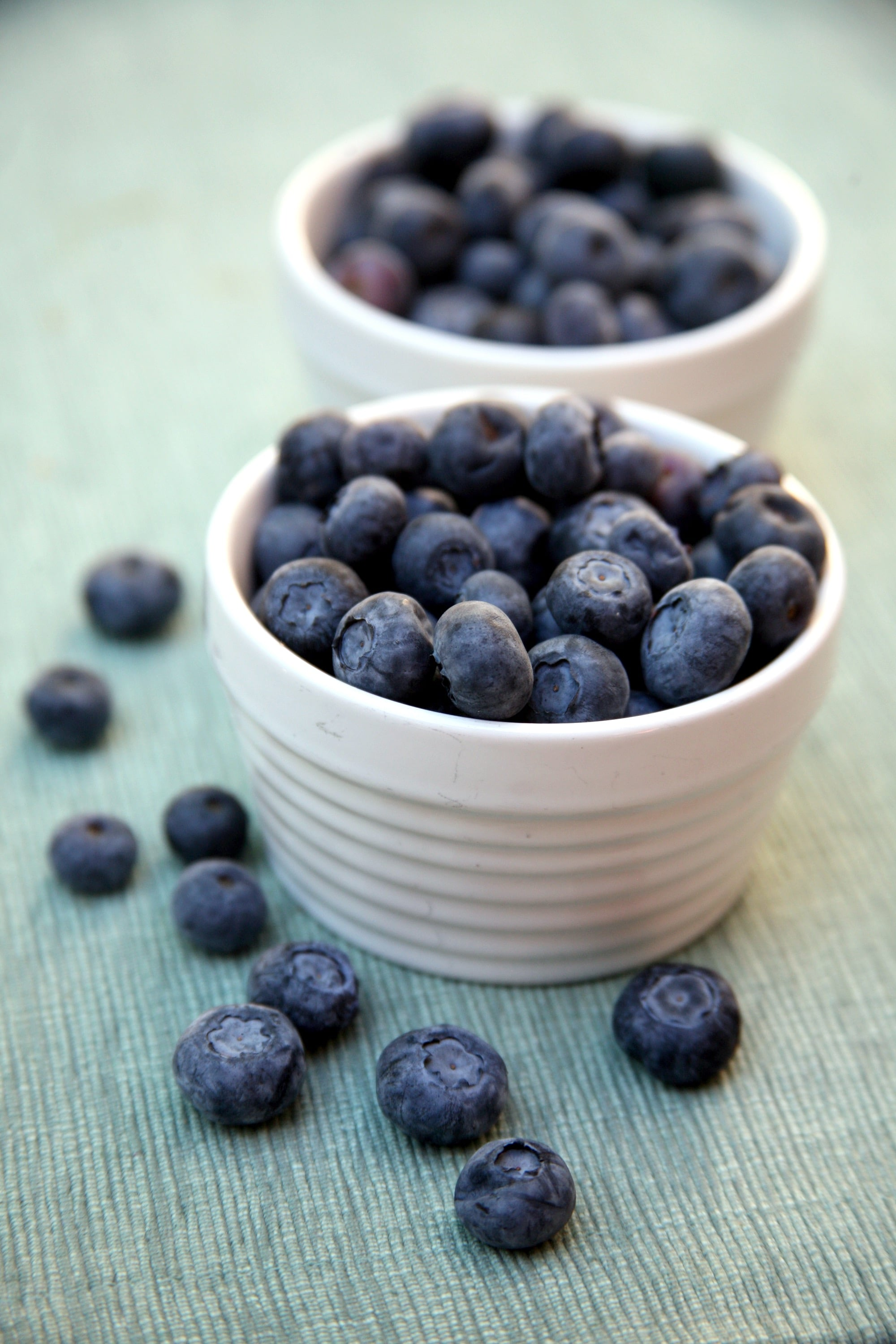Feel Fuller Longer With These 20+ Low-Calorie, High-Fiber Foods