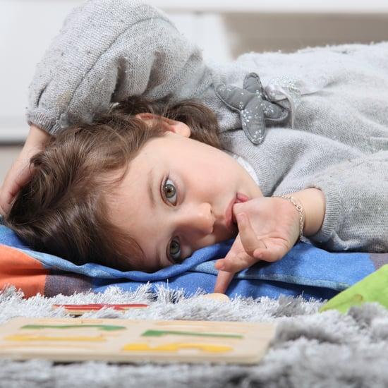كيف تمنعين صغارك عن عادة مص الإبهام