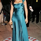 Salma Hayek cut an unforgettable figure in 2006 at the Vanity Fair Oscars party in Los Angeles.