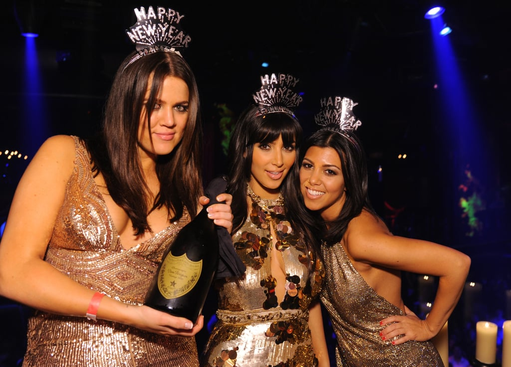 She rang in the New Year with Khloé and Kourtney at Las Vegas's LAX Nightclub in December 2008.
