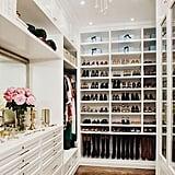 غرفة الملابس الكبيرة