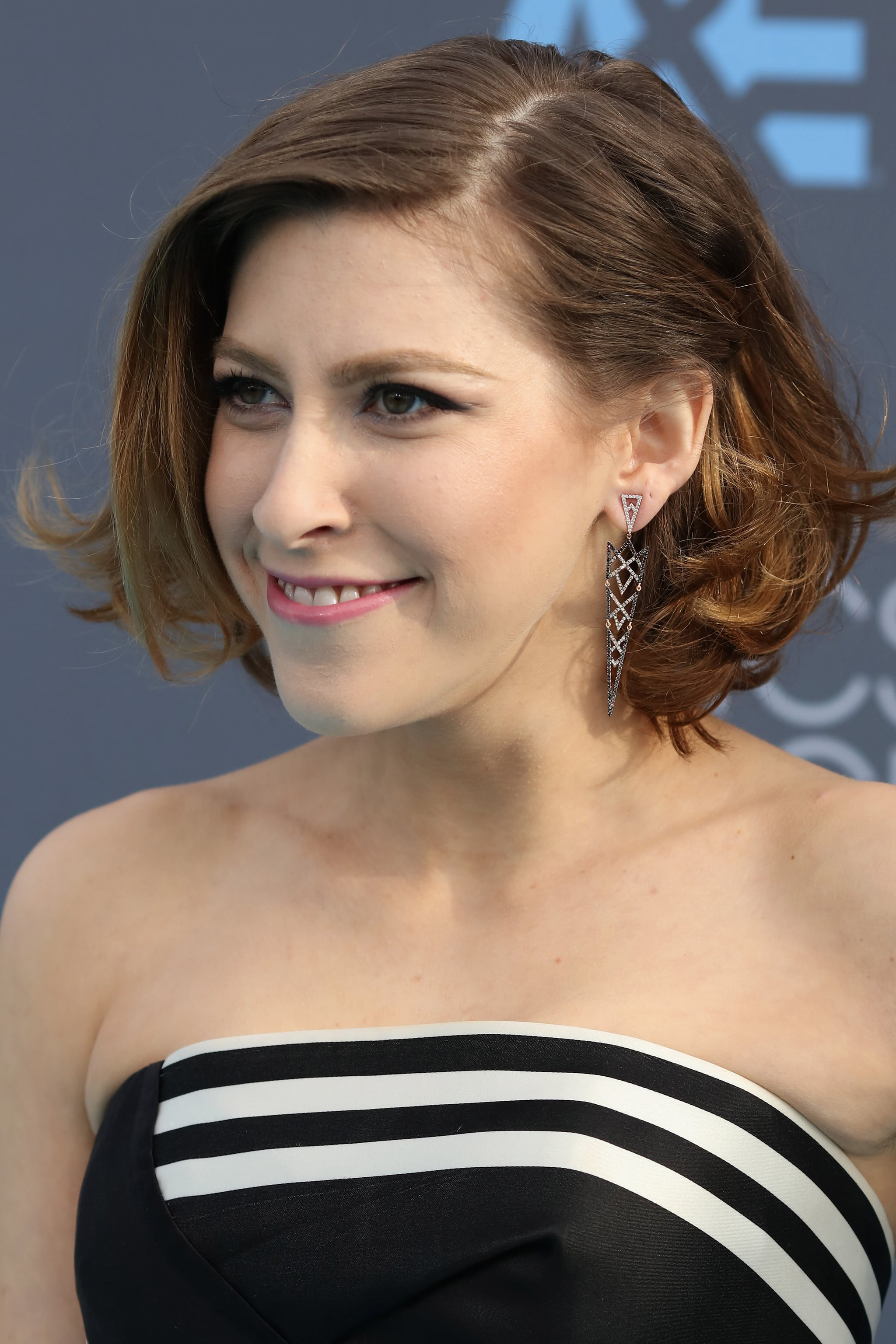 Eden Sher The Little Things Made Big Statements At The Critics Choice Awards Popsugar Fashion
