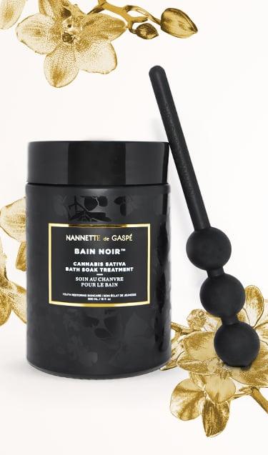 Nannette de Gaspé Bain Noir Cannabis Sativa Bath Soak Treatment