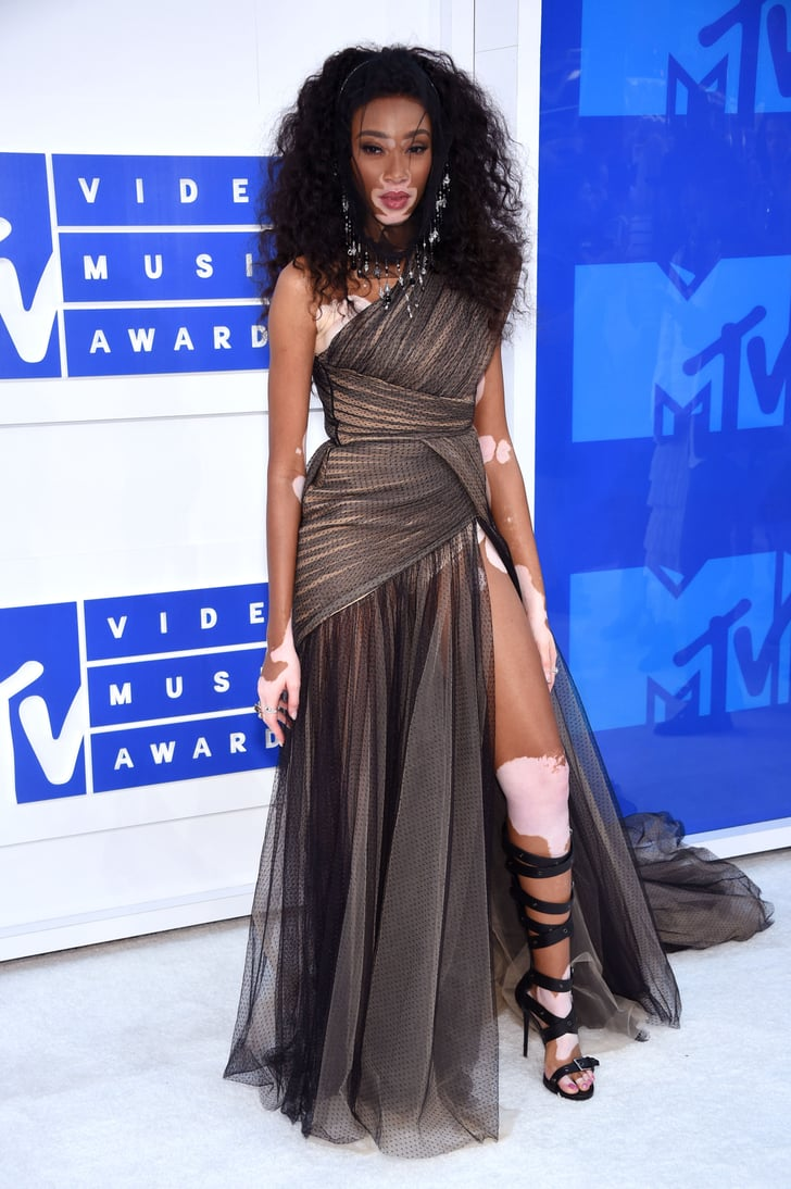 Winnie Harlow Vmas 2016 Red Carpet Dresses Popsugar