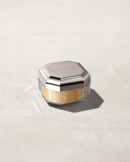 Fenty Beauty Pro Filt'r Instant Retouch Setting Powder in Banana