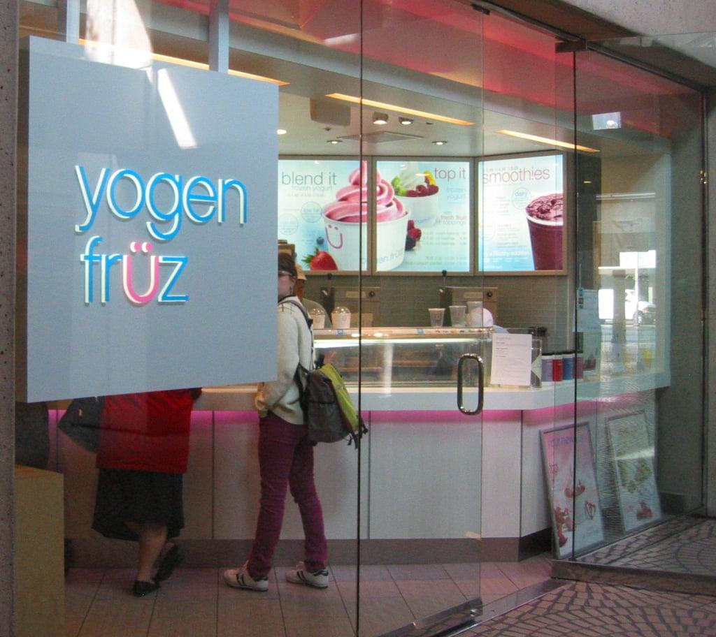 Yogen Früz Blended Frozen Yogurt