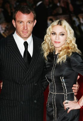 Sugar Bits — Madonna to Give Guy Ritchie £32million