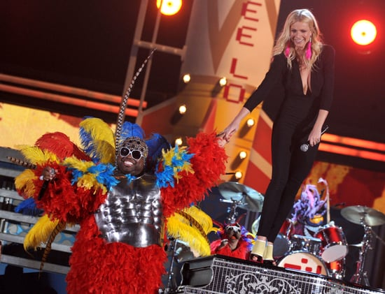 See all the pics from the 2011 Grammy Awards Show! Including Lady Gaga, Justin Bieber and Gwyneth Paltrow