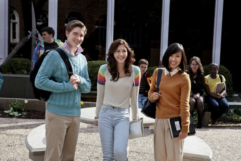Brendan Dooling as Walt, Katie Findlay as Maggie, and Ellen Wong as Mouse on The Carrie Diaries.