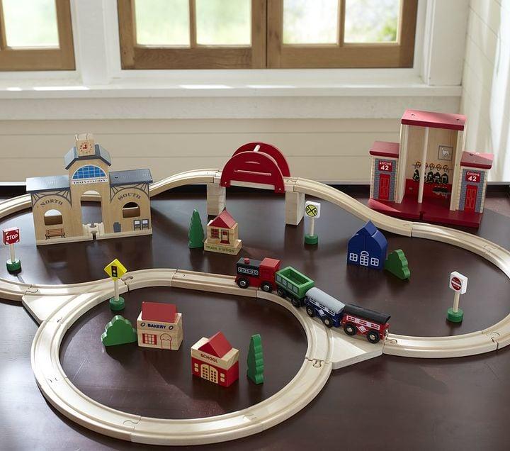 Genial Pottery Barn Kids Wooden Train Set