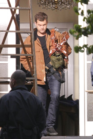 Joshua Jackson Shoots Fringe in Vancouver Pictures