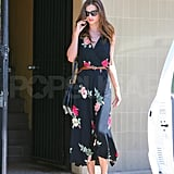 Miranda Kerr chatted on her phone.