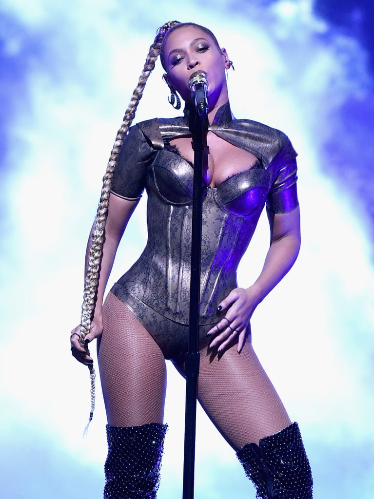 In October 2016, she performed on stage in a leotard.