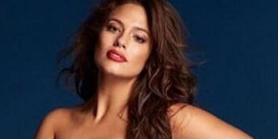 Ashley Graham Poses Completely Nude In Grazia U.K.