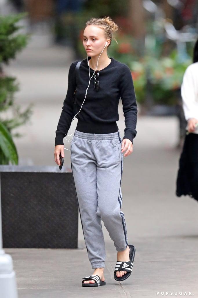 Lily-Rose Depp Wearing Brandy Melville Rosa Sweatpants