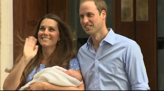 Kate-Middleton-waved-couple-stepped-out-hospital