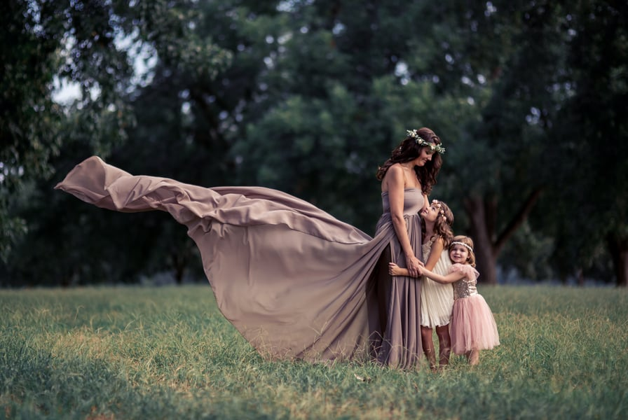 Pretty Maternity Photo Ideas