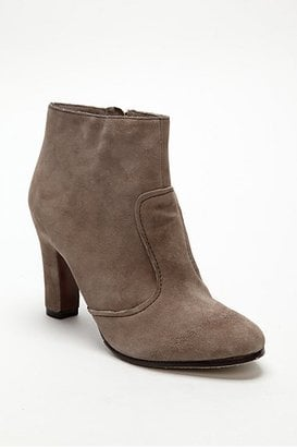 Trend Alert: Taupe Boots