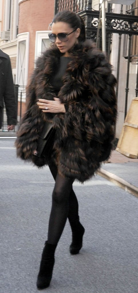 Pictures of Pregnant Victoria Beckham in NYC 2011-02-13 16:23:58
