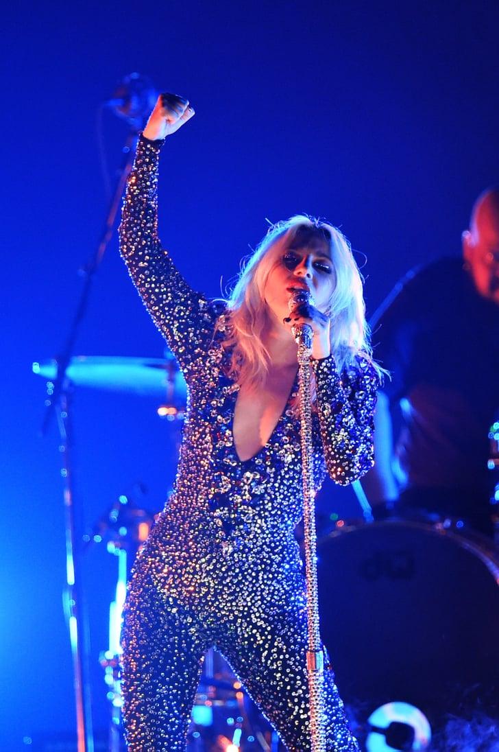 "Lady Gaga's ""Shallow"" Grammys Performance 2019 Video ..."