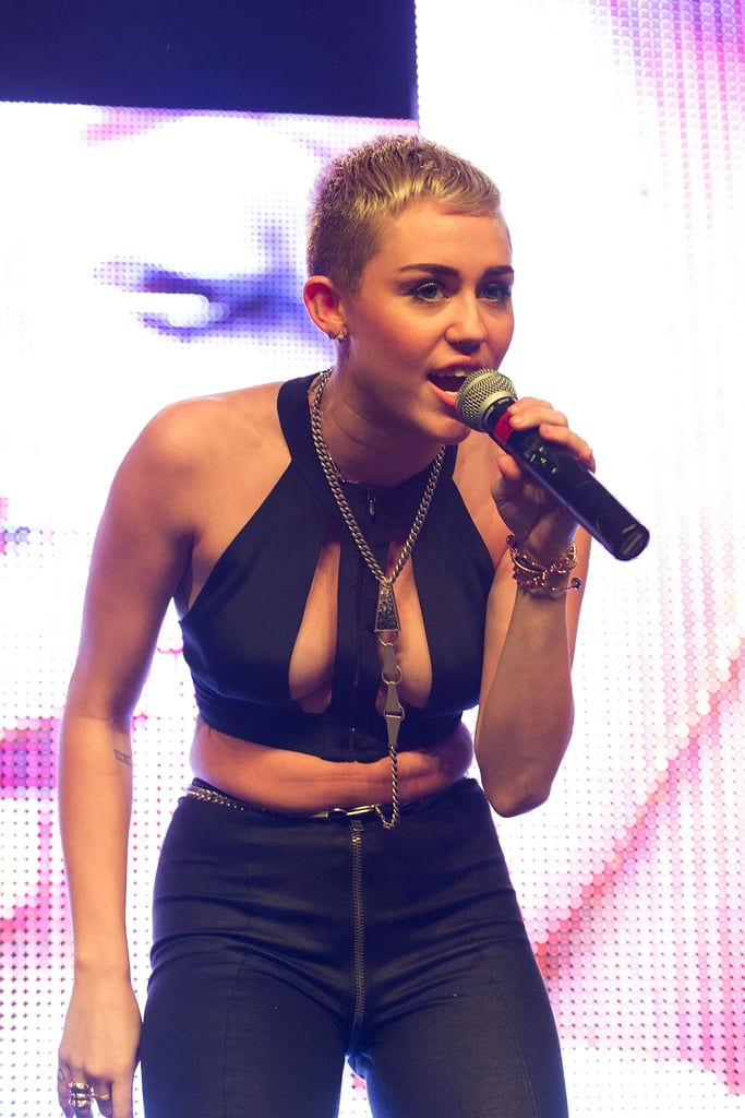 Miley Cyrus showed off a super-short hair cut when she performed at a Christmas concert in Hollywood on December 8.