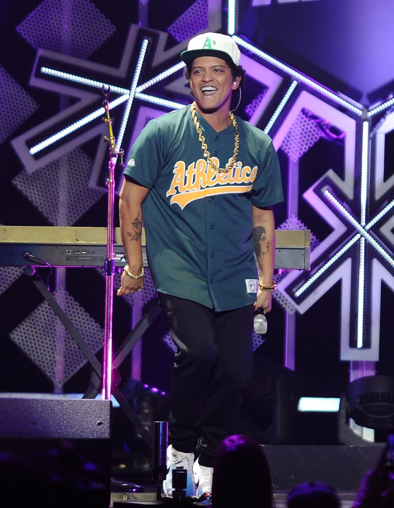 Bruno Mars Best Moments in 2017