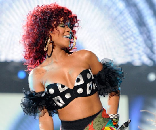 Slide Picture of Rihanna Performing at the American Music Awards