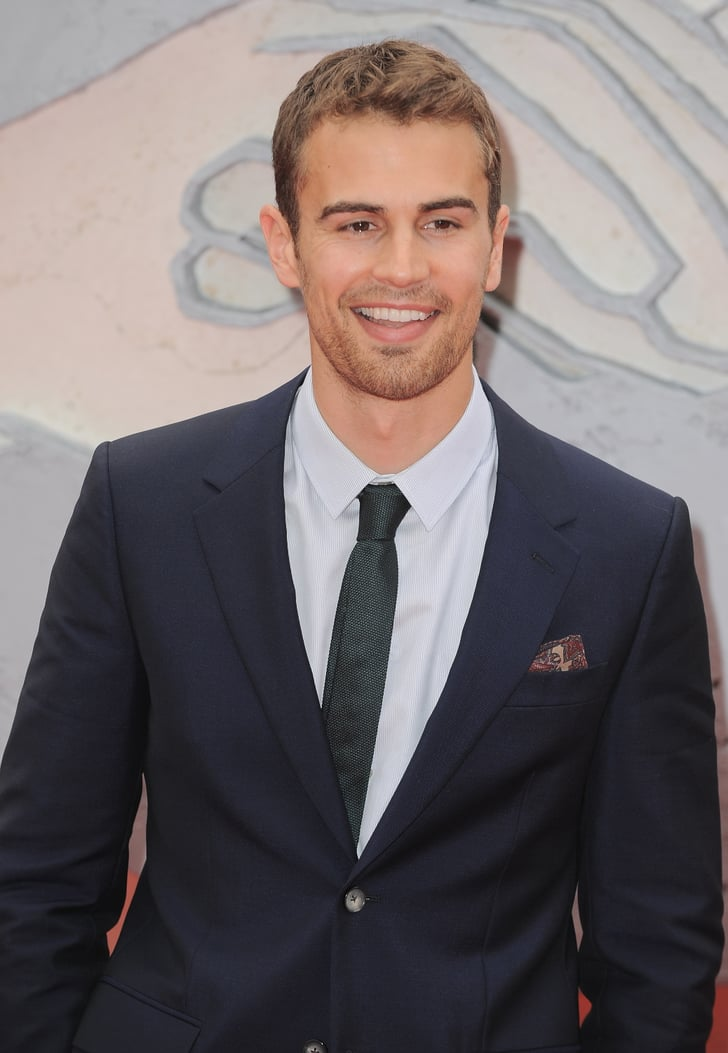 hottest photos of theo james popsugar celebrity uk photo 31. Black Bedroom Furniture Sets. Home Design Ideas