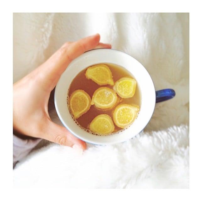Lea Michele's cold remedy: apple cider vinegar, ginger, lemon, and honey. Feel better!