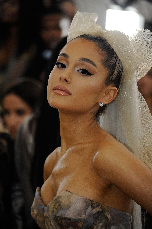 Grandenude ariana 29 Hottest