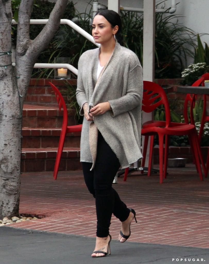 Demi Lovato and Charlie Hunnam Having Lunch in LA Dec. 2017