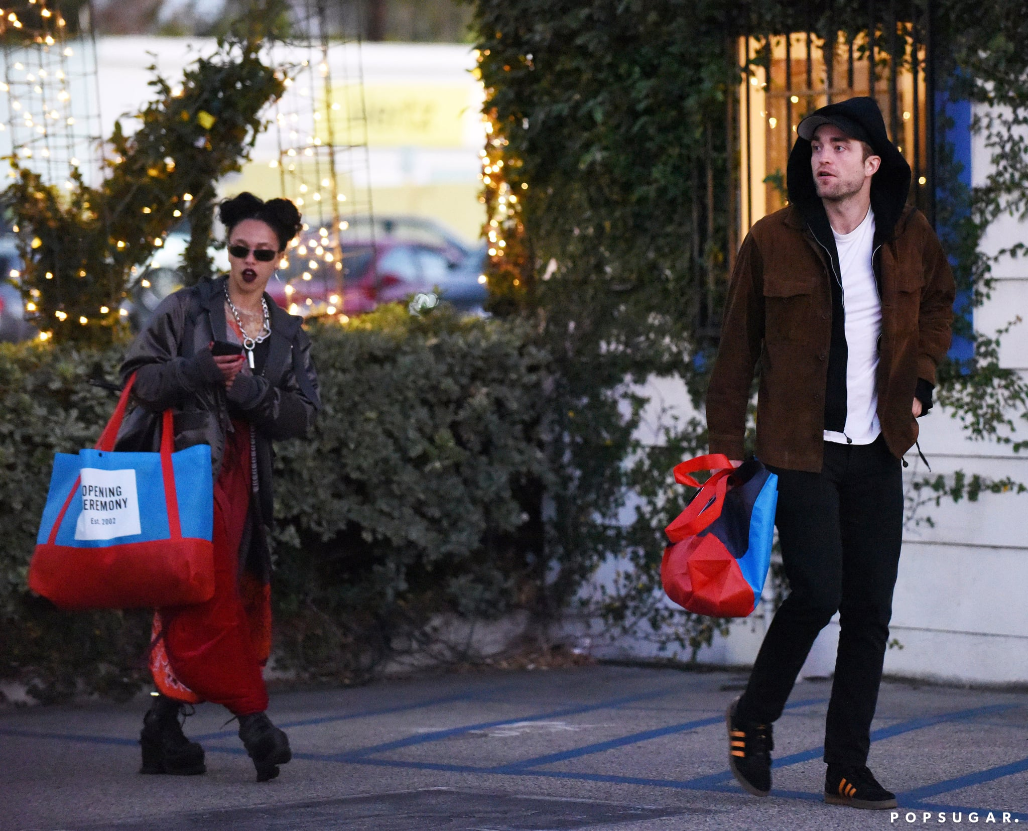 1af86d1eaa3 Robert Pattinson and FKA Twigs Out in LA December 2016