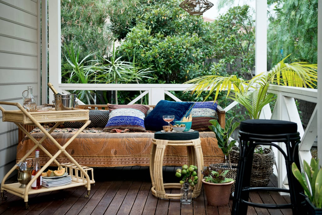 Linen bean bags, curvy lines and puffy sofas culminate to make a non-uniform, more organic living space. This means mixing an eclectic selection of seating and tables in your living areas.