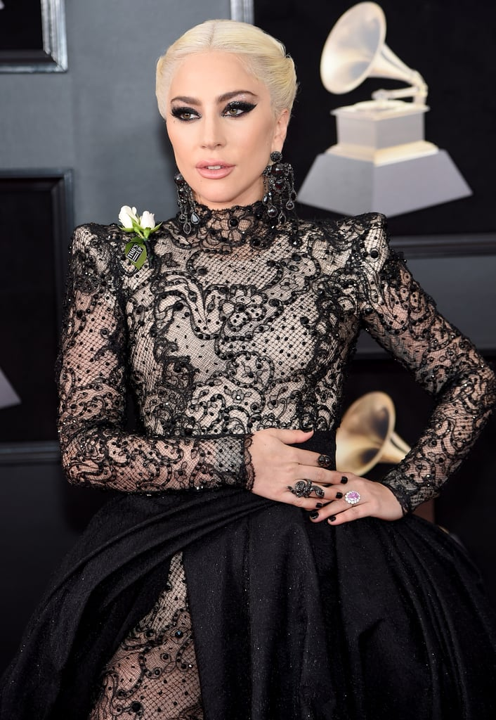 Lady Gaga Hair And Makeup At The Grammys 2018 Red Carpet Pictures Popsugar Beauty Photo 1