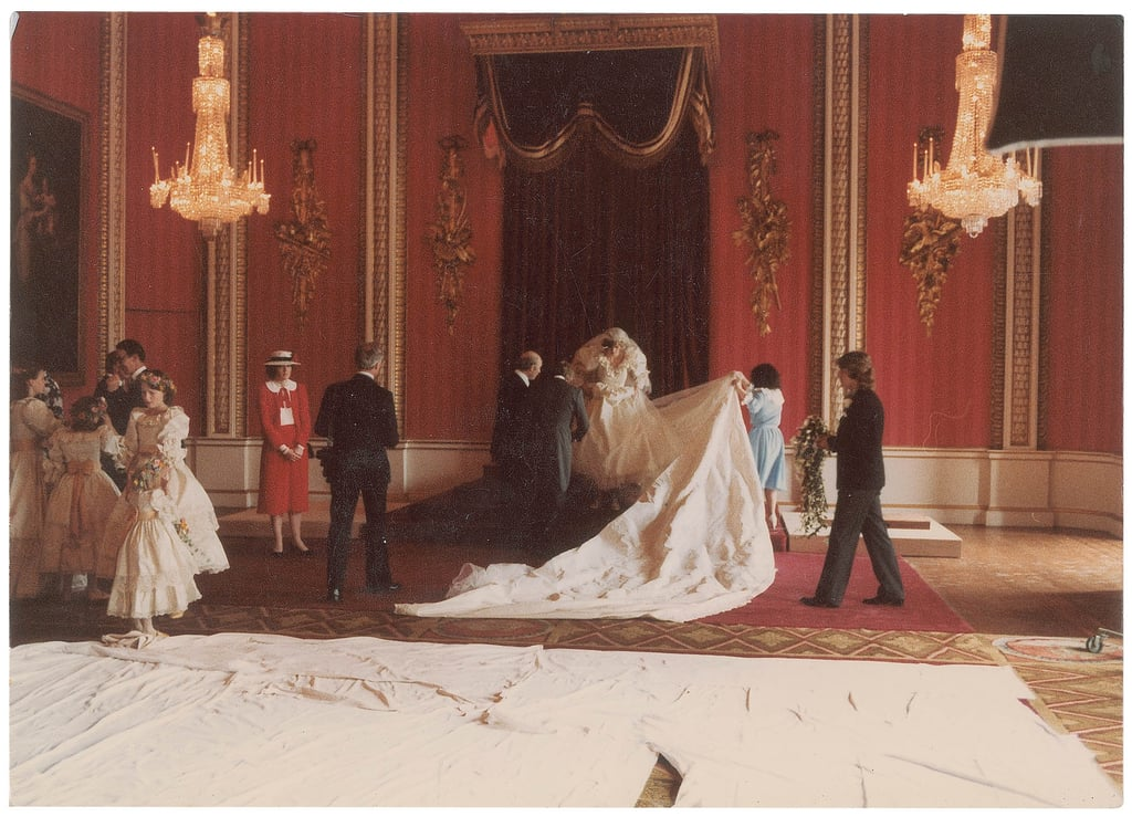 Princess Diana prepared for her wedding portraits in the Throne Room ...