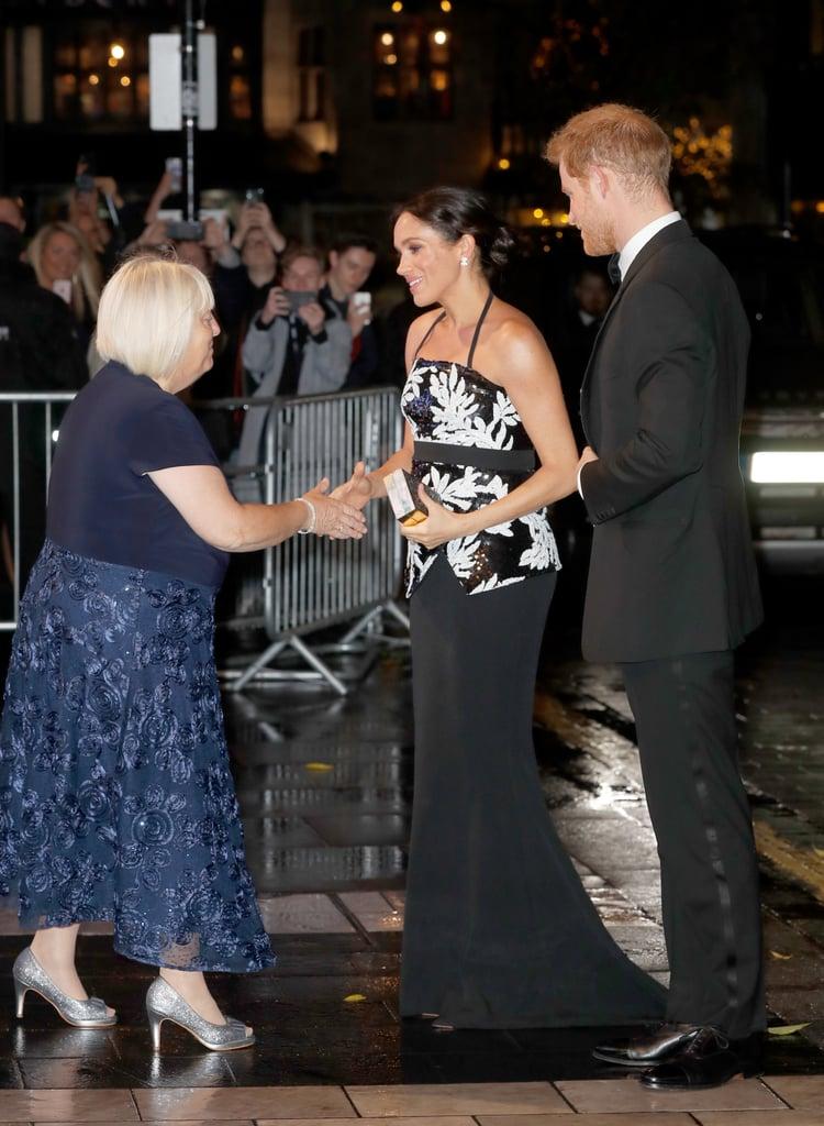 الأمير هاري وميغان ماركل في أمسية Royal Variety Performance