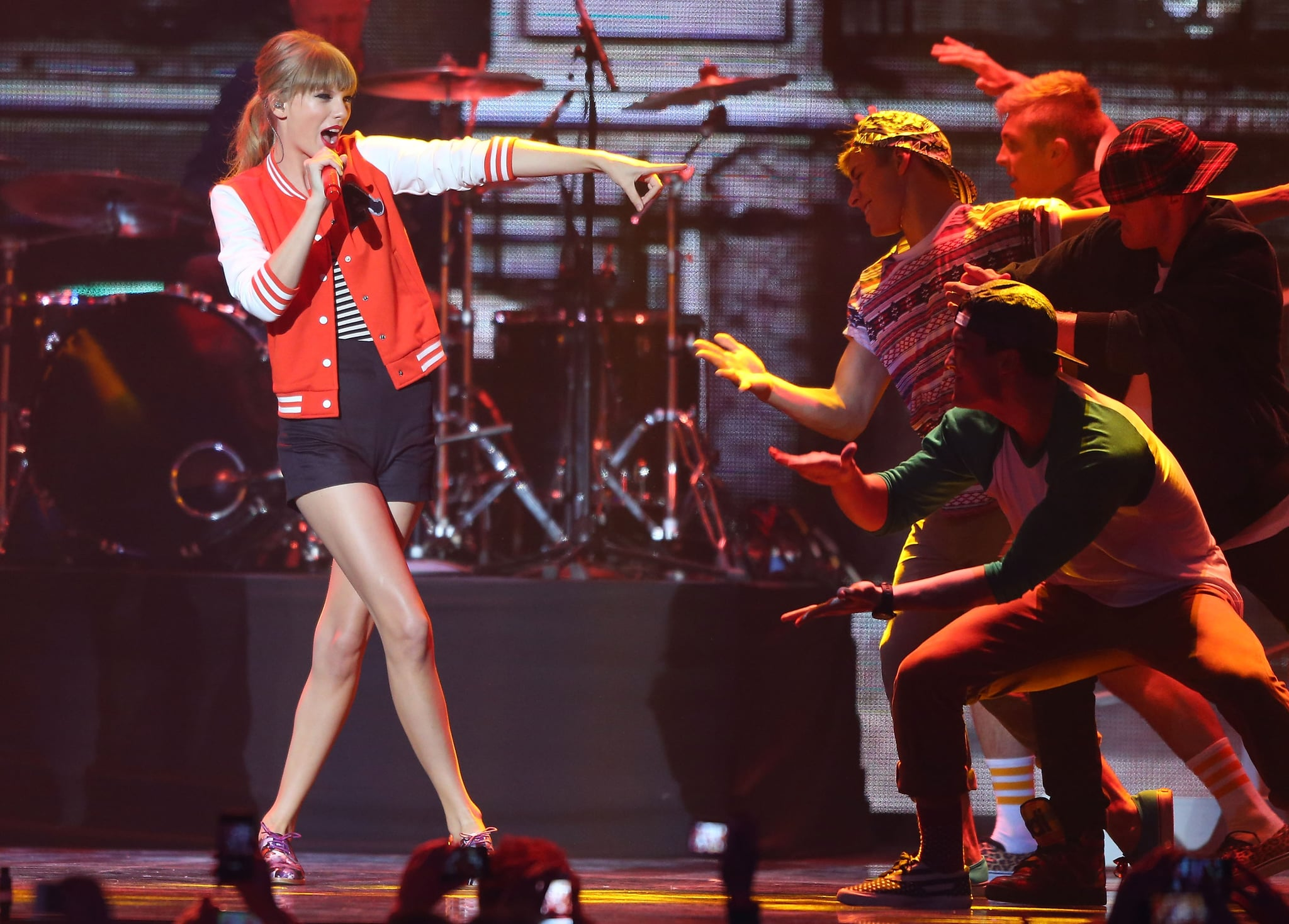 "Taylor Swift performed ""I Knew You Were Trouble."""