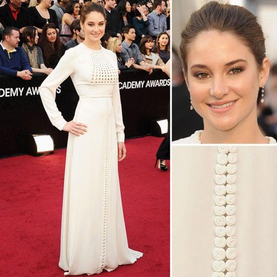 Shailene Woodley Wears Long Sleeved Valentino on the 2012 Oscars Red Carpet: Like it or Loathe It?