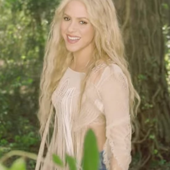 "Shakira ""Me Enamore"" Music Video"