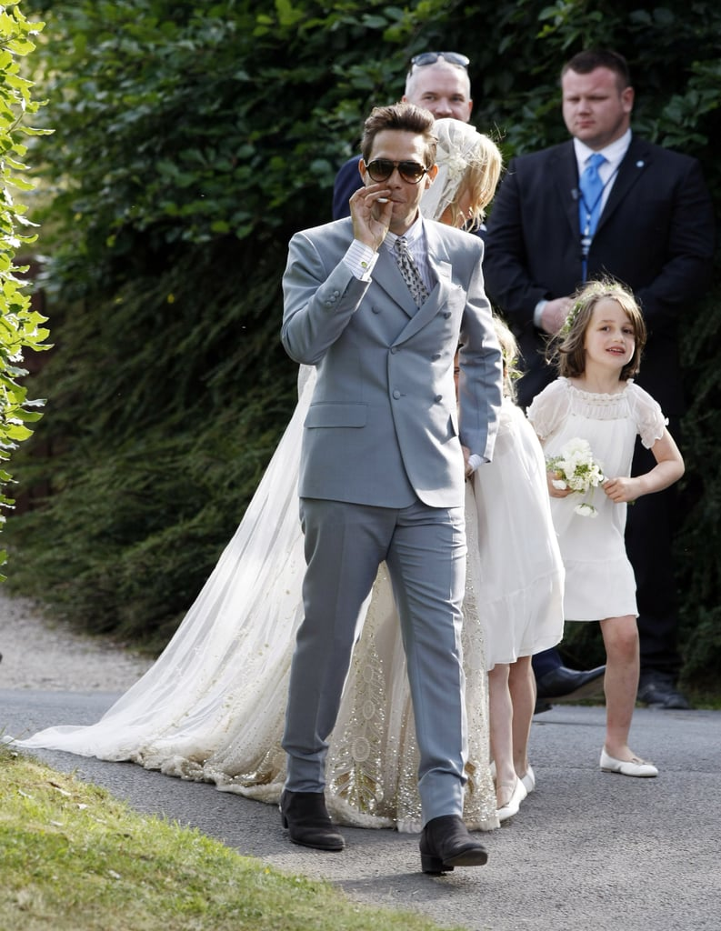 Kate moss wedding dress pictures with husband jamie hince popsugar kate moss wedding dress pictures with husband jamie hince junglespirit Image collections