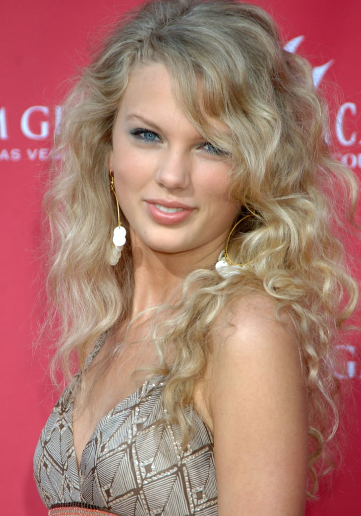 2006 Taylor Swift Has Been Owning the Beauty Game Since