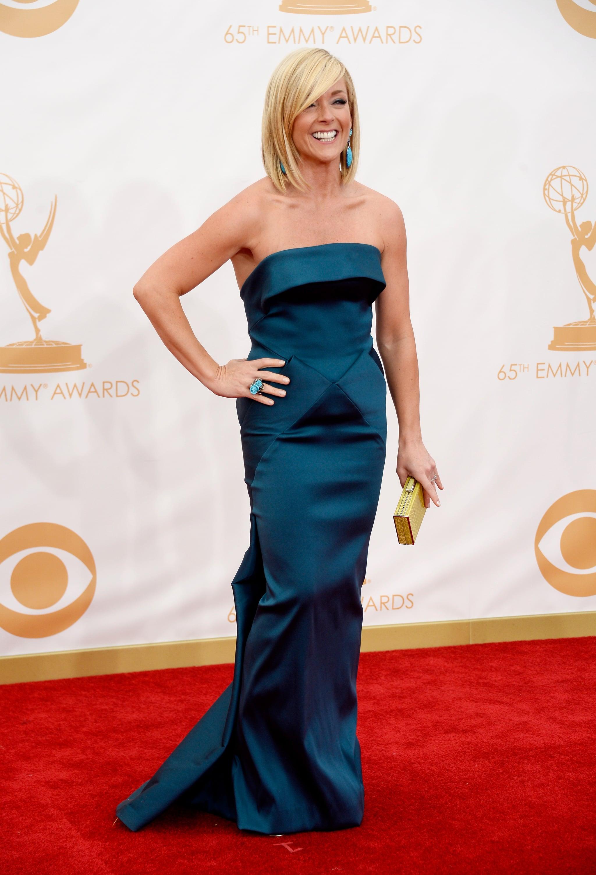 Jane Krakowski struck a pose on the Emmys red carpet.