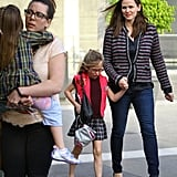 Jennifer Garner had fun with her girls on the way to a show in LA.