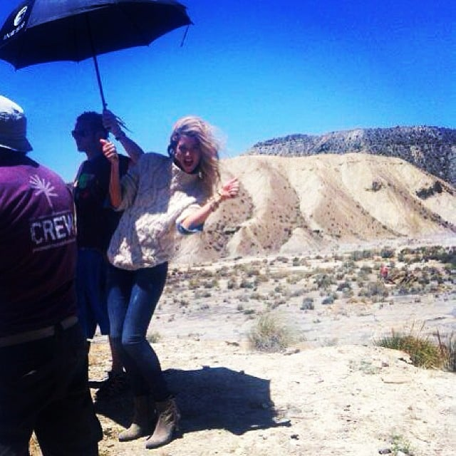 Doutzen Kroes shared a behind-the-scenes snap from her recent H&M photo shoot. Source: Instagram user doutzen