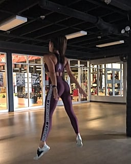 Kelsey Wells 16-Minute HIIT Workout